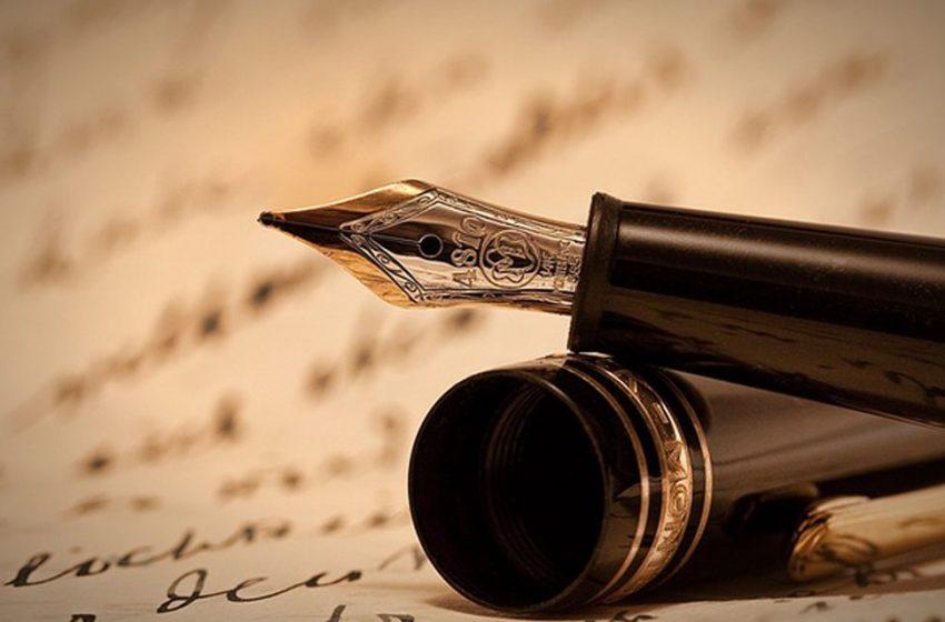 ۱۰ نویسنده بزرگ با عادتهایی عجیب