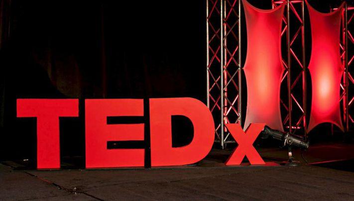 ۱۰ سخنرانی محبوب TED