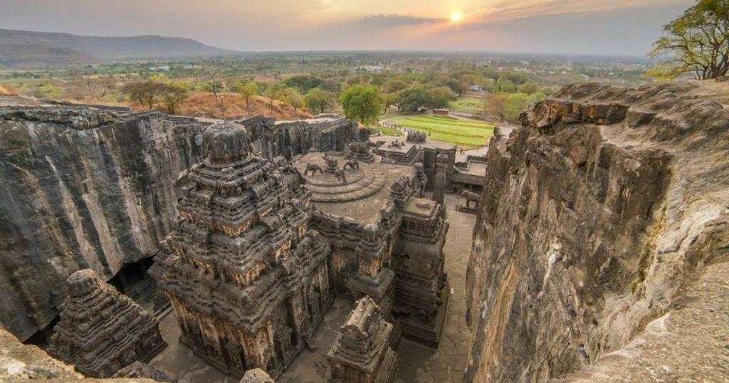 ۱۲ معبد اسرارآمیز جهان