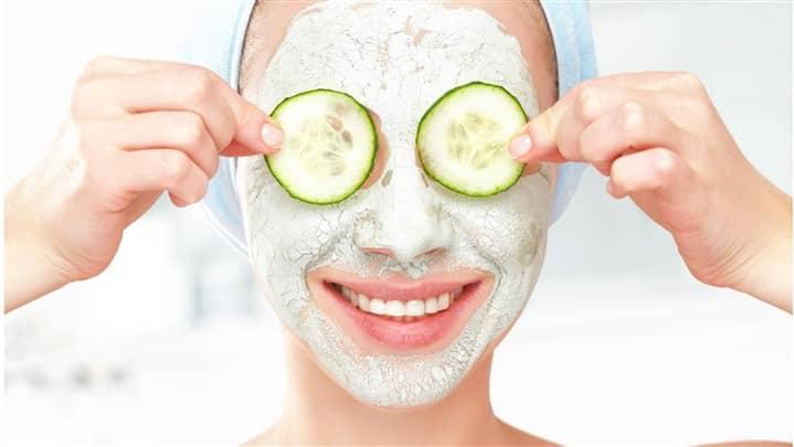 ۱۰ ماسک صورت خانگی برای داشتن پوستی صاف و شفاف