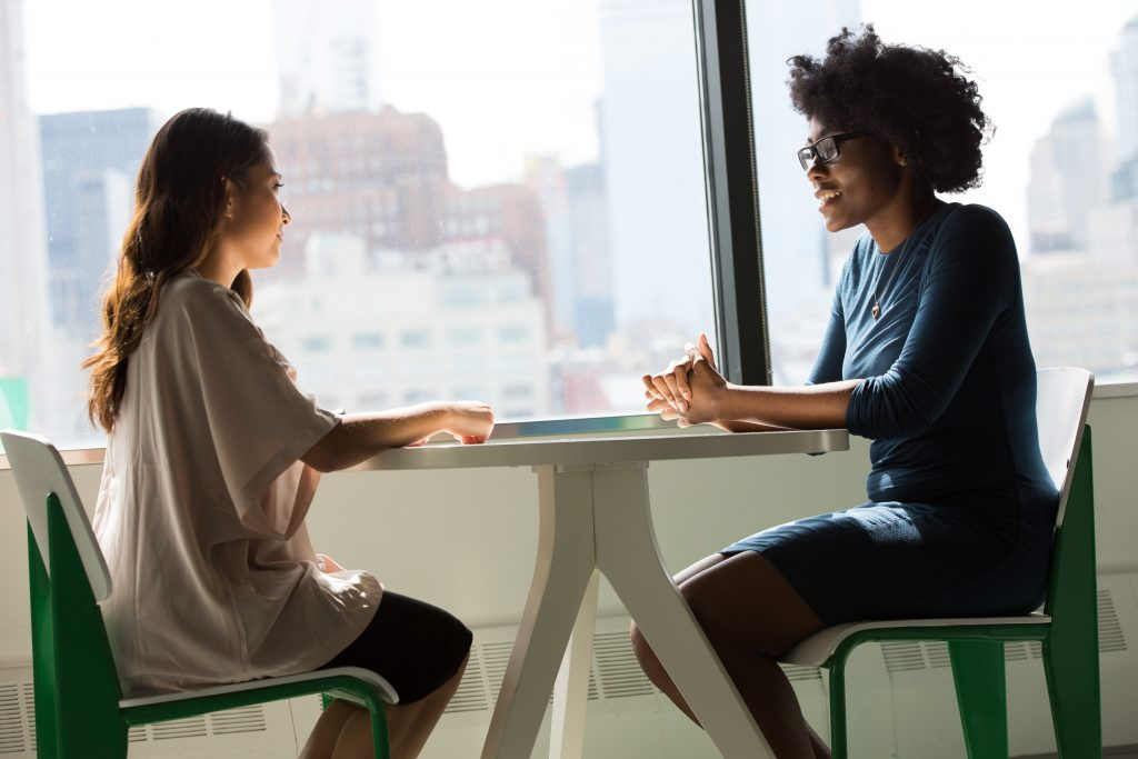 چطور فردی که از مشکلات روانی رنج میبرد را حمایت کنیم؟